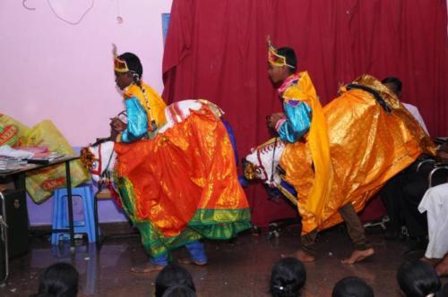 Stilt-Horse-dance
